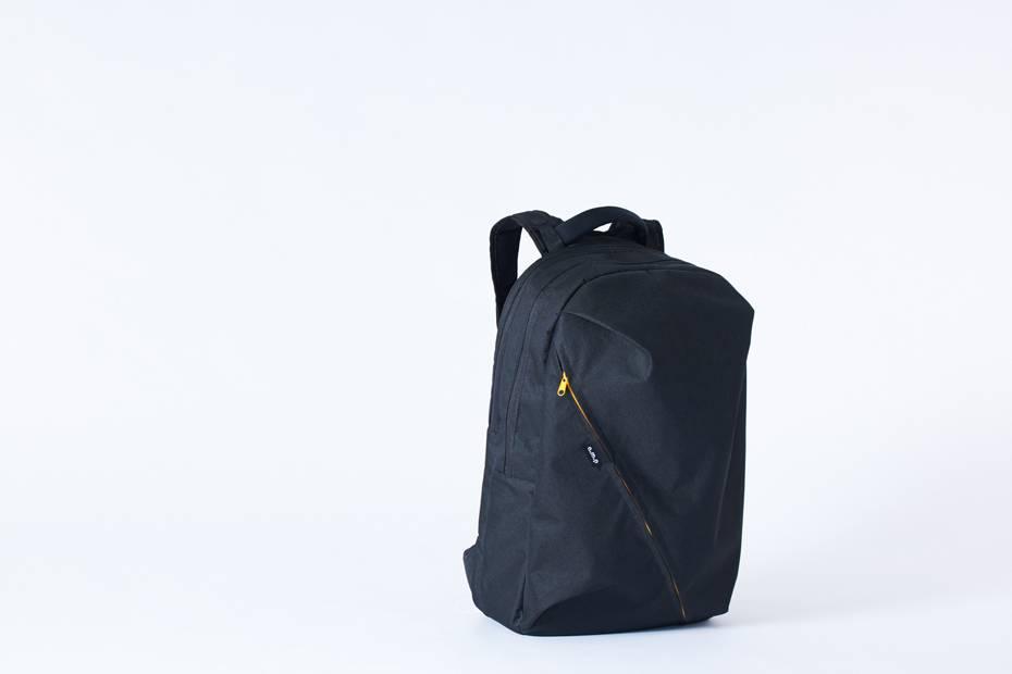 不仅方便携带设备还满足日常使用,一款适合音乐爱好者的通勤背包
