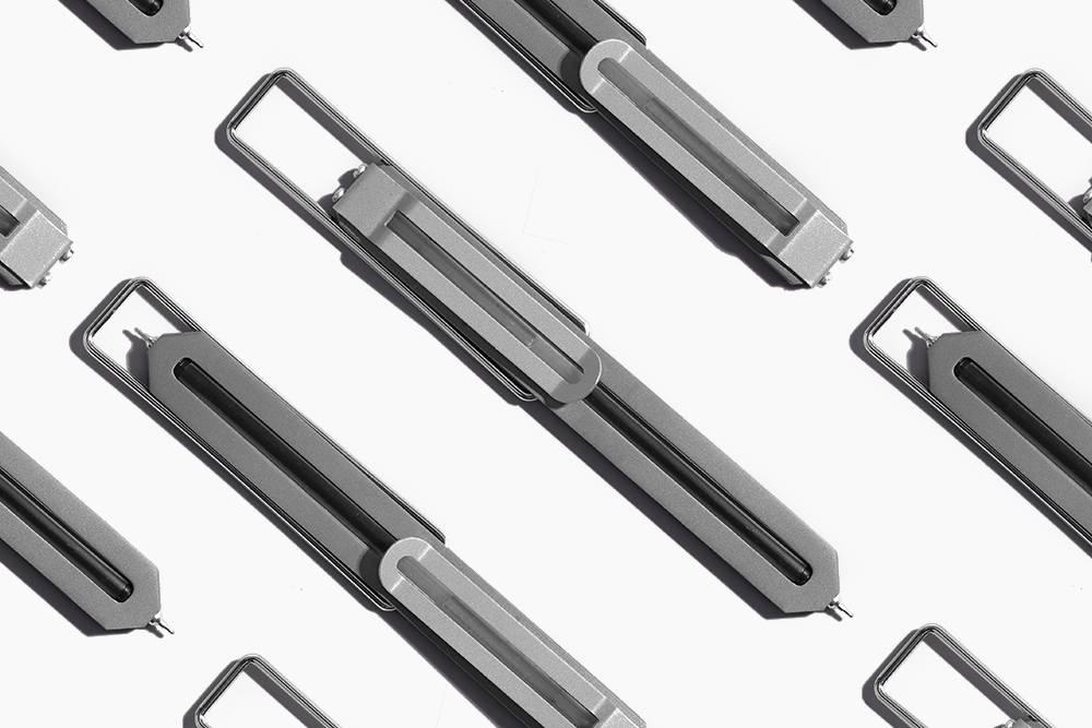 轻巧纤薄的极简主义设计格调,这支笔能让你眼前一亮
