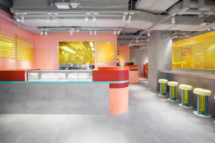 在香港这家甜品实验室,体验乌托邦视角的后现代主义美学氛围