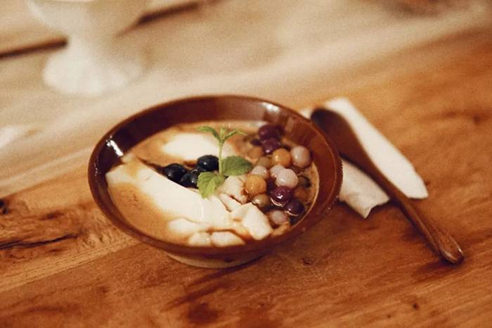 上海弄堂里的特色咖啡店,请你吃碗创意咖啡豆花