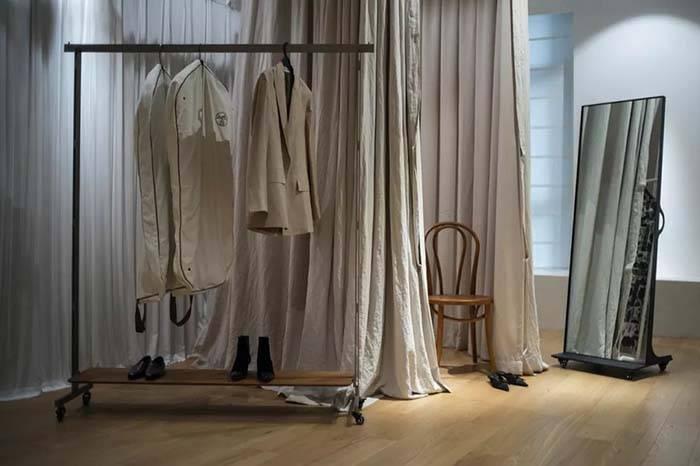 服装团队的工作室设计,低饱和度是整个空间的关键