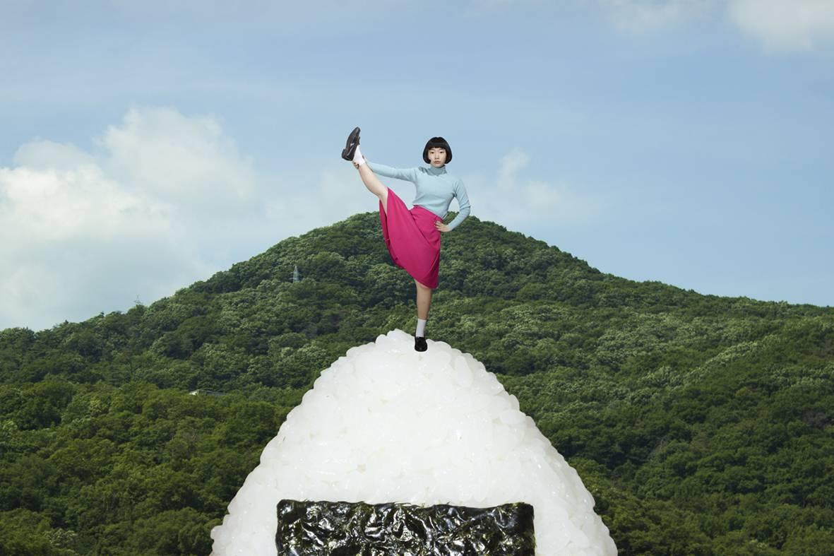 "Izumi Miyazaki:""食色"" 中的超现实主义"