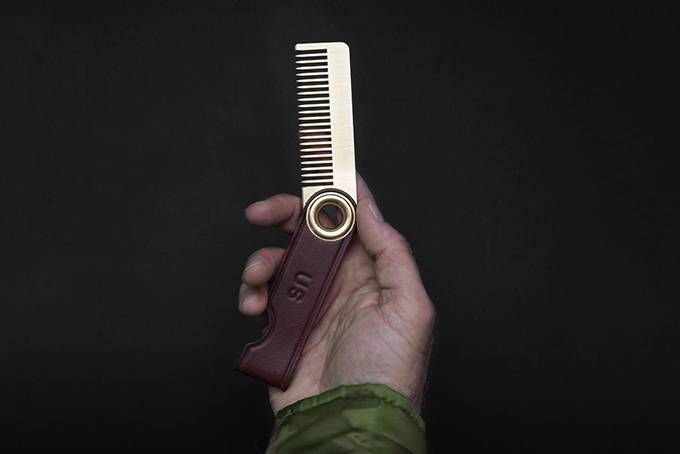 无论你是型男/硬汉/绅士,这把复古发梳都适合全天携带