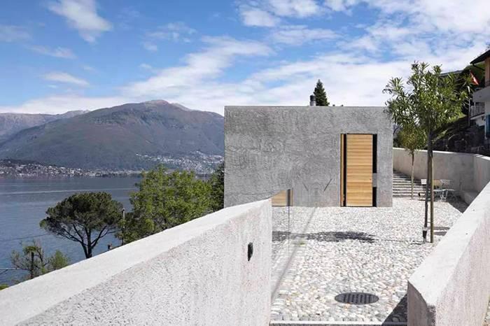 这座海边的石头房解构了建筑的纯粹和趣味性