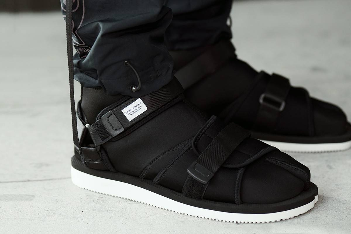 是凉鞋却又不似凉鞋,maharishi x Suicoke推出全新Tabi-Toe Sandal