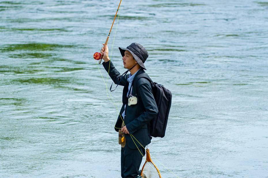 WORK WEAR SUIT和417 EDIFICE想要你穿西装去钓鱼…