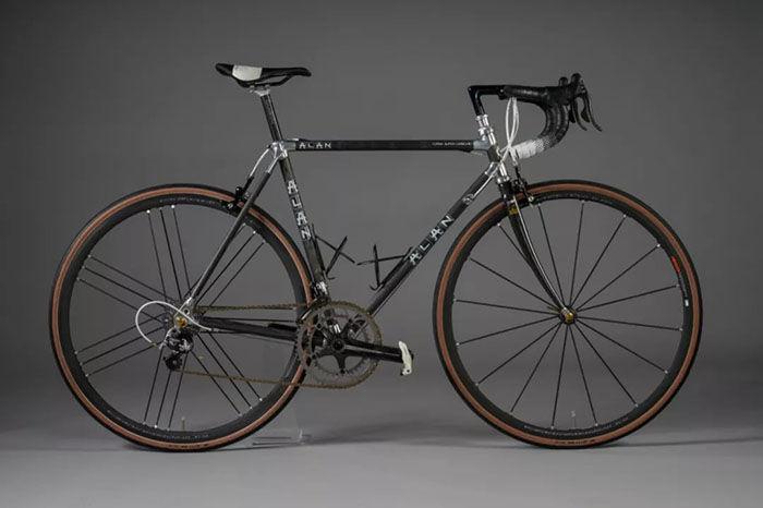 ALAN藏主分享   一辆具有跨时代意义的碳纤维自行车
