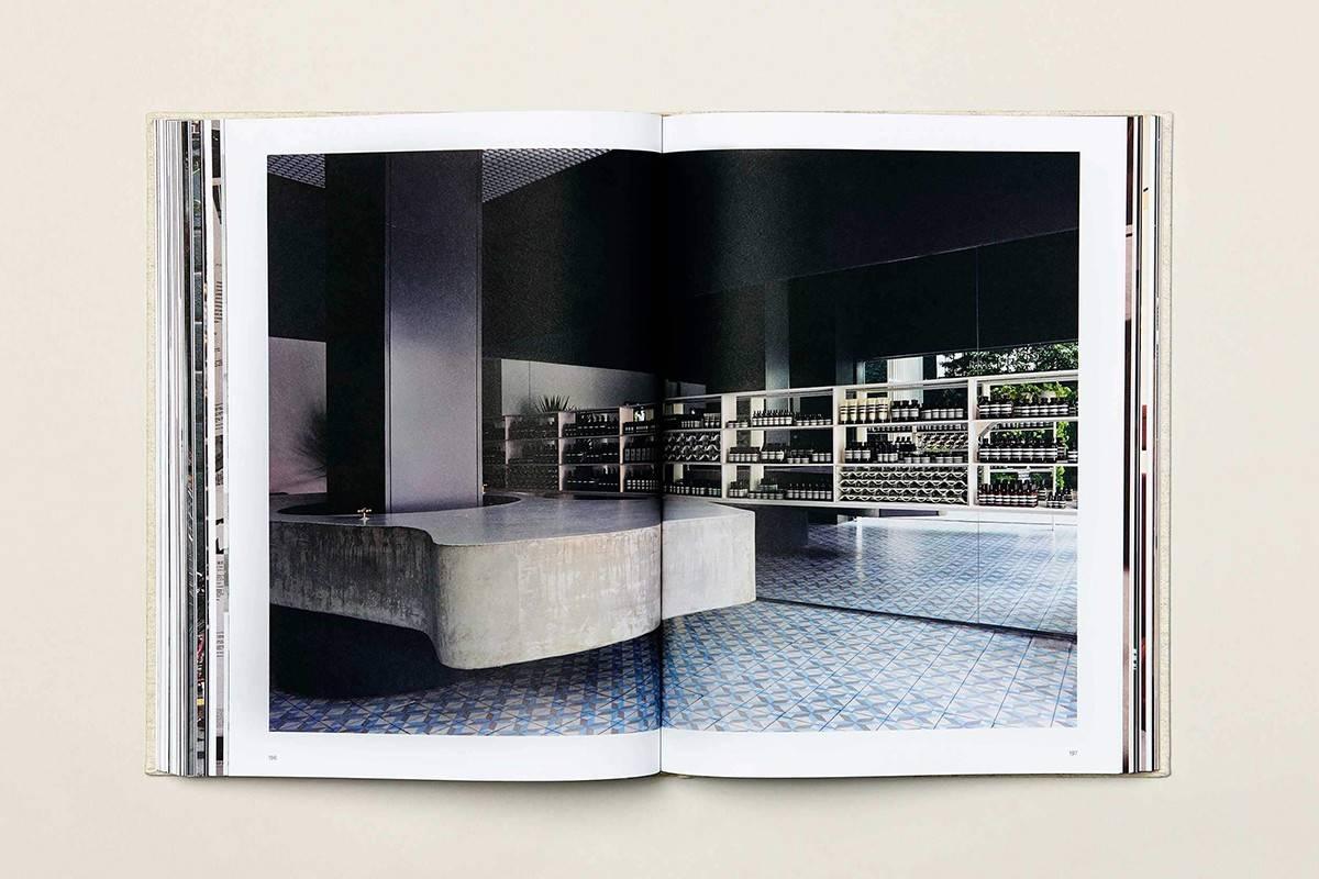 内容涵盖品牌历史、产品配方及空间设计,Aesop首次发布同名书籍