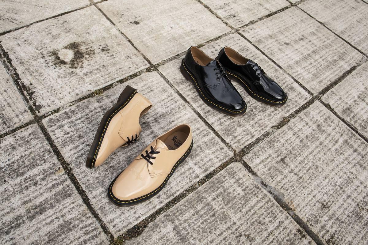 鞋身标语是亮点,UNDERCOVER x Dr. Martens发布联名款1461