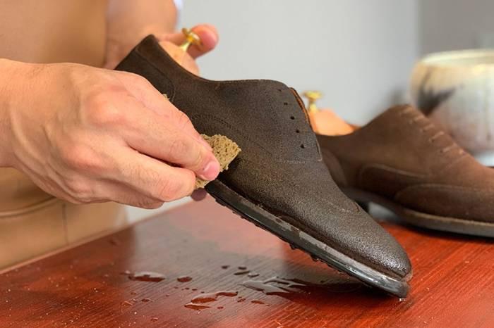 皮鞋护理 | 绒面、翻毛鞋履的清洁教程