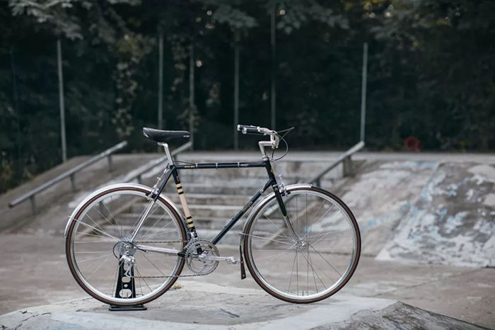 城市复古单车 | 上海美丽的街道的一抹优雅背影