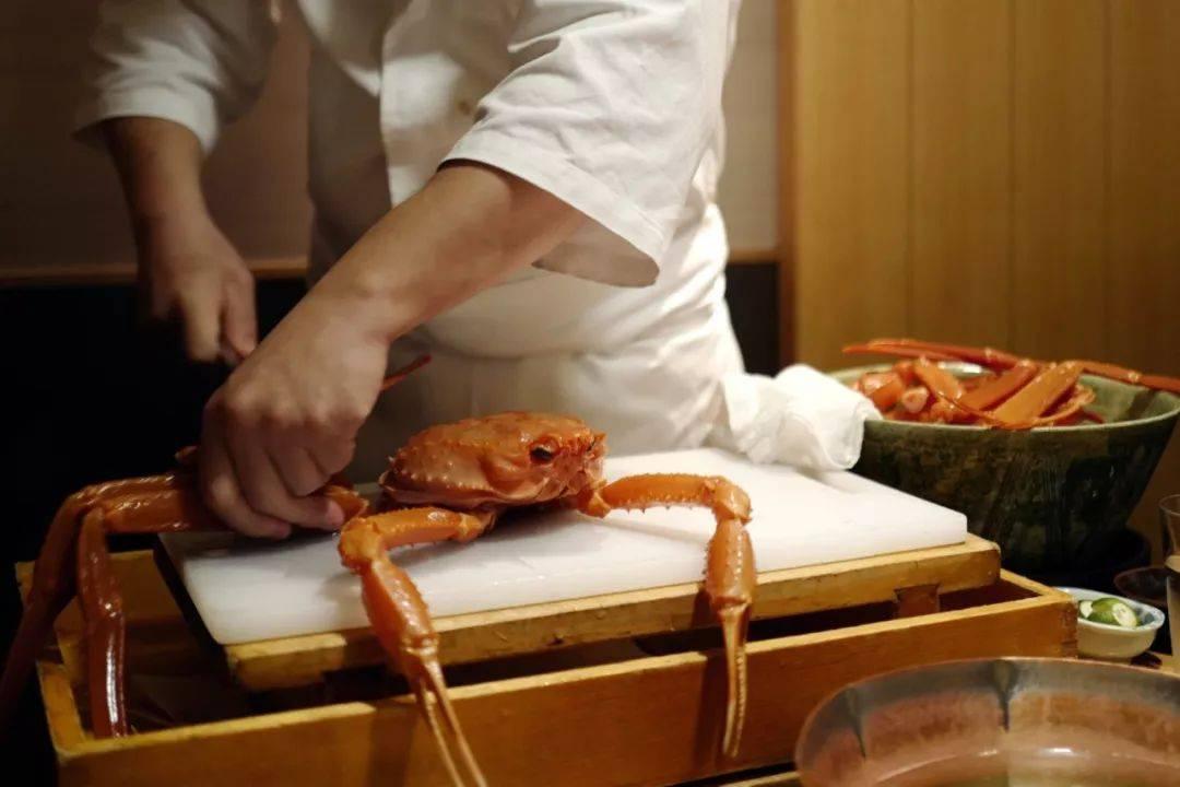 来日本银座的体验螃蟹料理,感受一期一会的梦幻美味