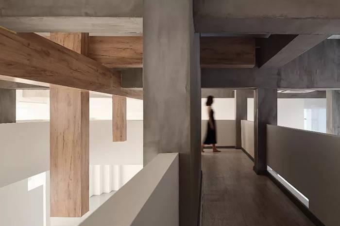 解构摄影工作室设计,白色水泥空间里的创作灵感