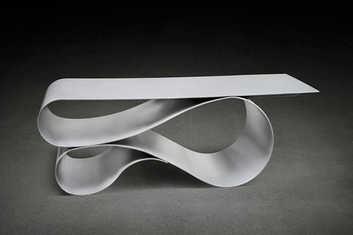 Neal Aronowitz工作室:用混凝土帆布制作雕塑般的美学家具