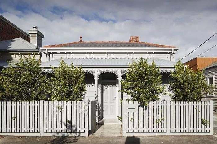 老房改造 | 红砖墙与现代艺术结合的墨尔本小宅