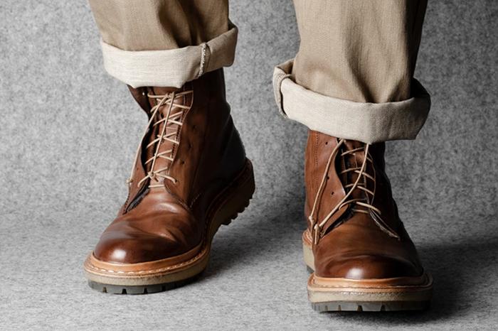 成熟男生的冬季鞋柜里需要有一双大棕靴!