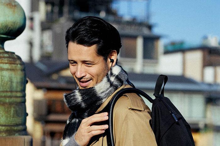 杂志预览|《UOMO》2月号带来冬季廓形外套的穿搭法则