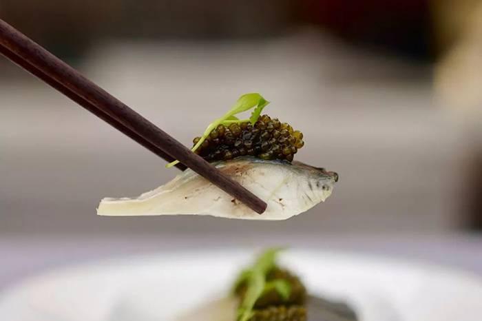 米其林vs平民|用鱼子酱打造4道创新料理