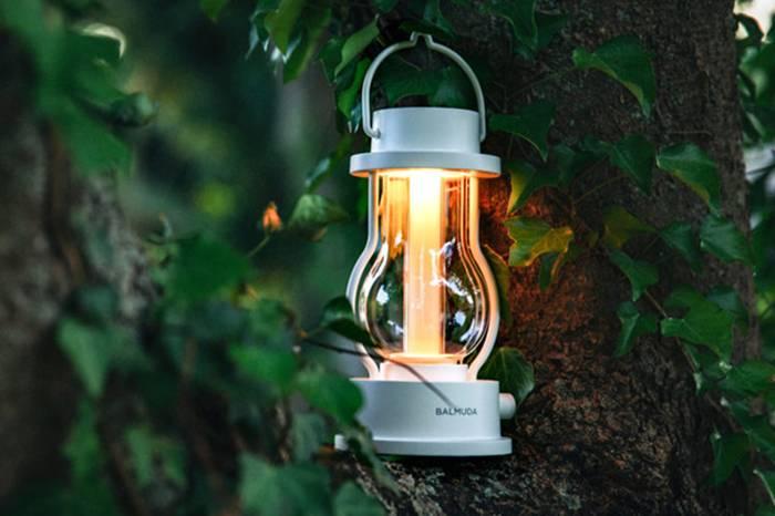 BALMUDA The Lantern:一款家居户外两用的多功能氛围灯