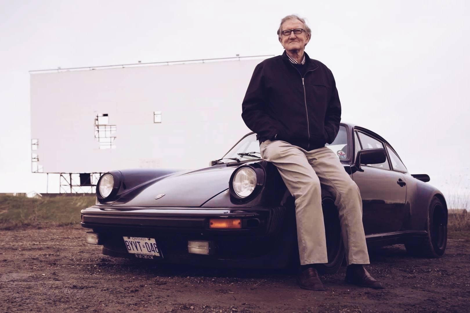 一台行驶100万公里的保时捷和一位老人的爱情故事