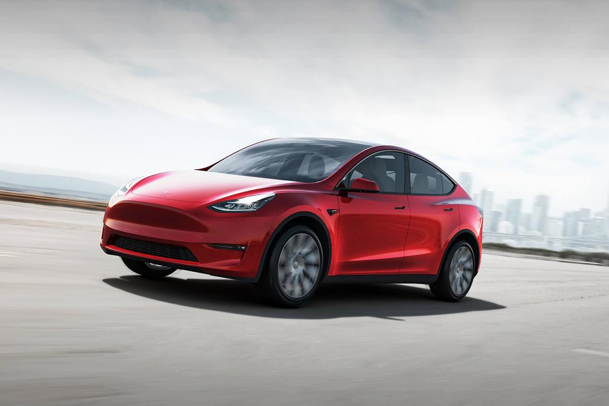 以静制动,全新Tesla Model Y上市