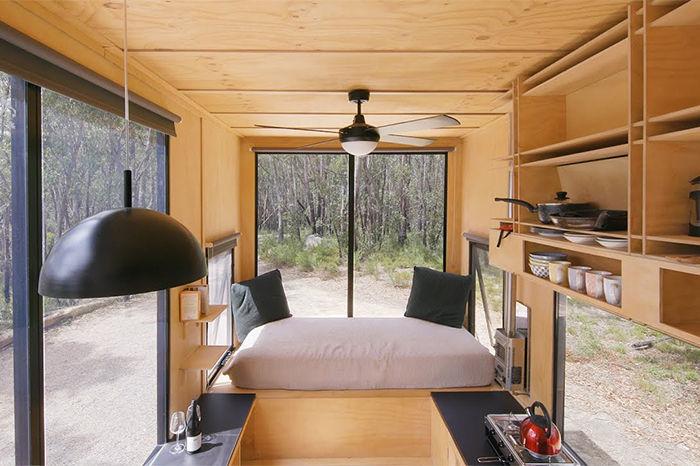 逃脱现代网络 在大自然的拖车小屋中来一场原始冒险