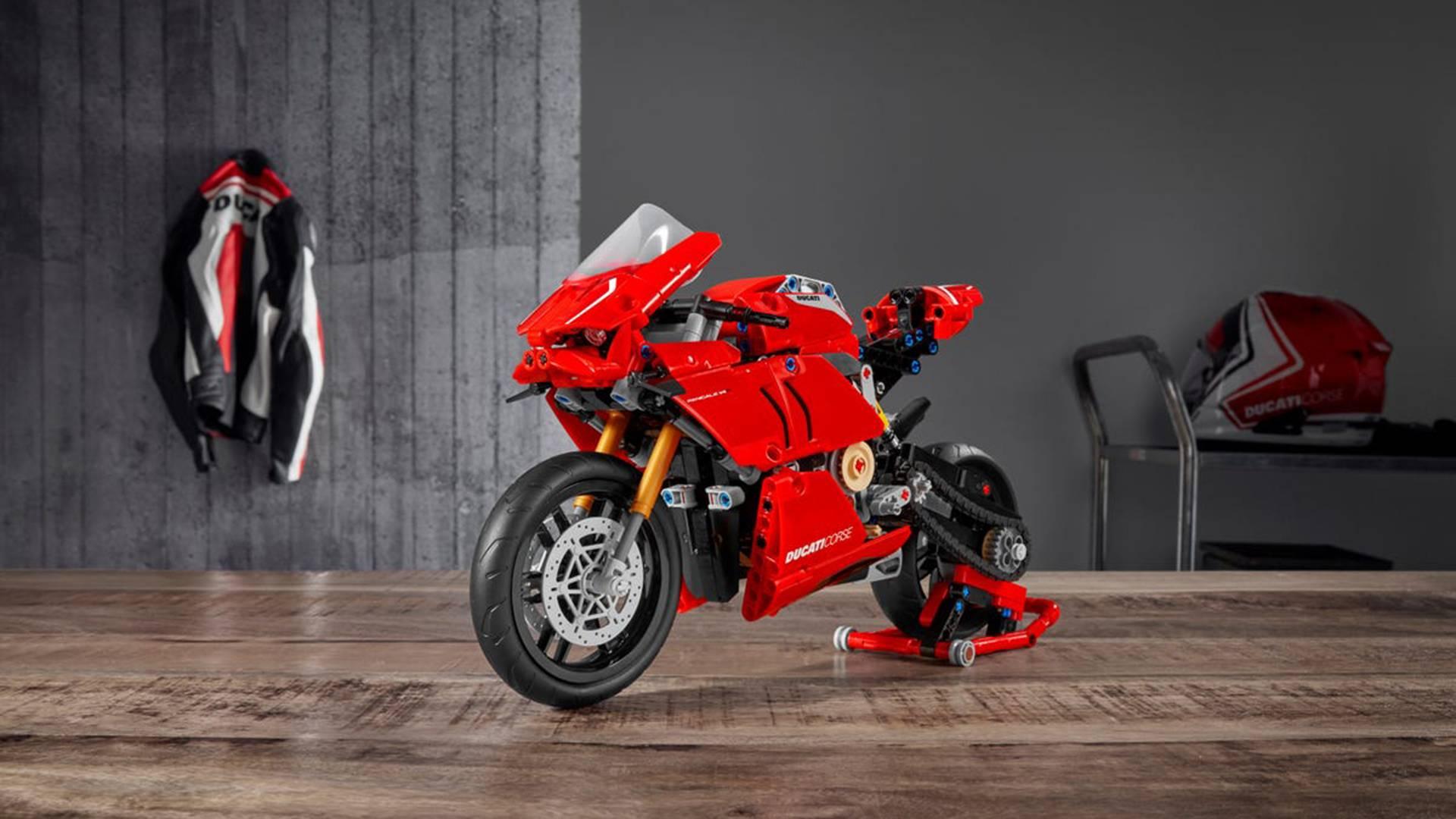 LEGO推出杜卡迪Panigale V4 R