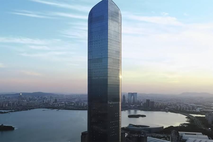 450米100多层,住国内第一高的空中豪宅是怎样的体验?