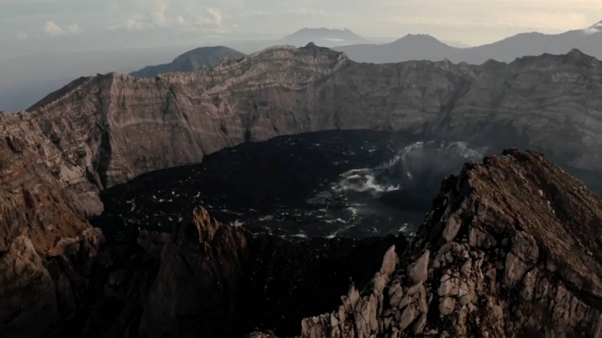 印度尼西亚-攀登爪哇最活跃的火山