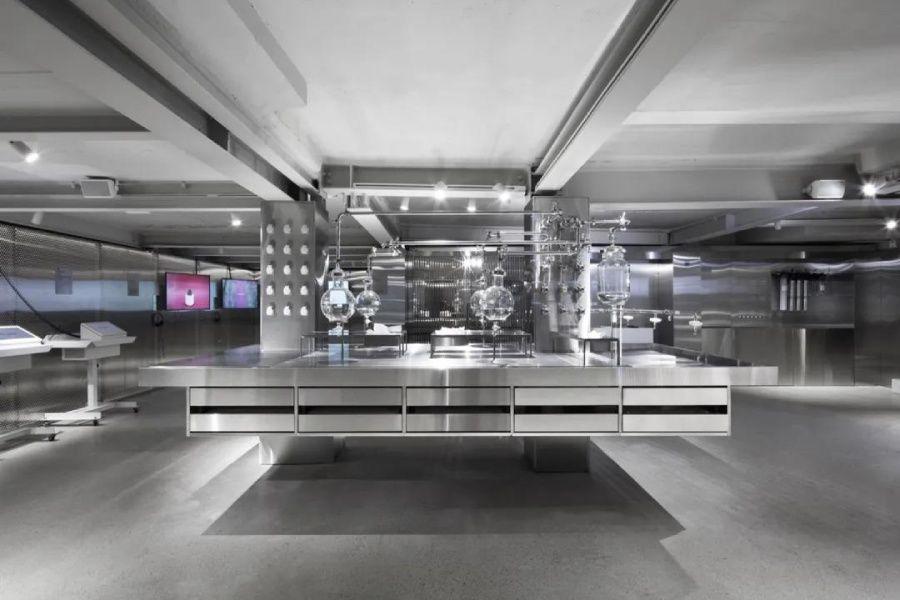 首尔这家护肤品商店,内部像极了科学实验室
