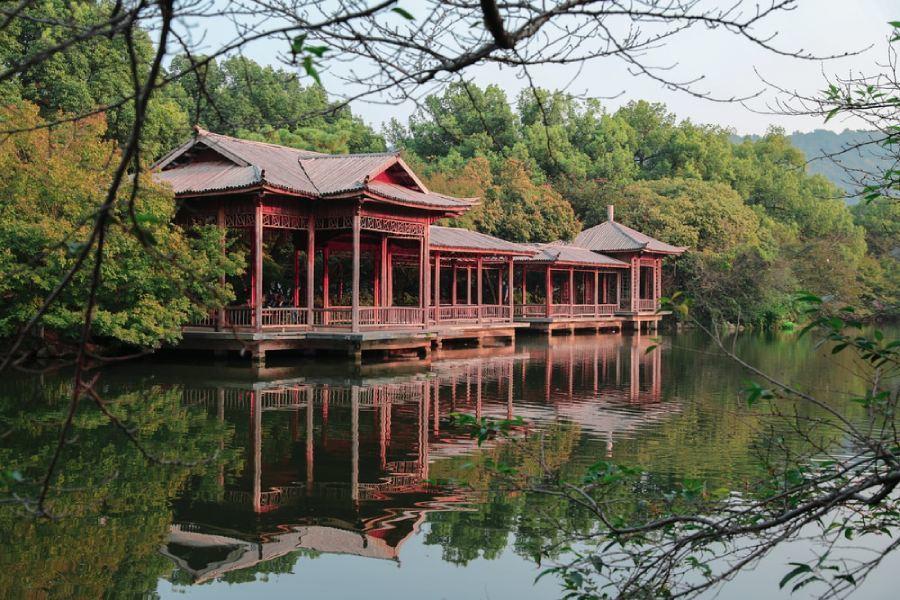小城故事:20年前名不见经传的芜湖,如今却成惬意的江南小城
