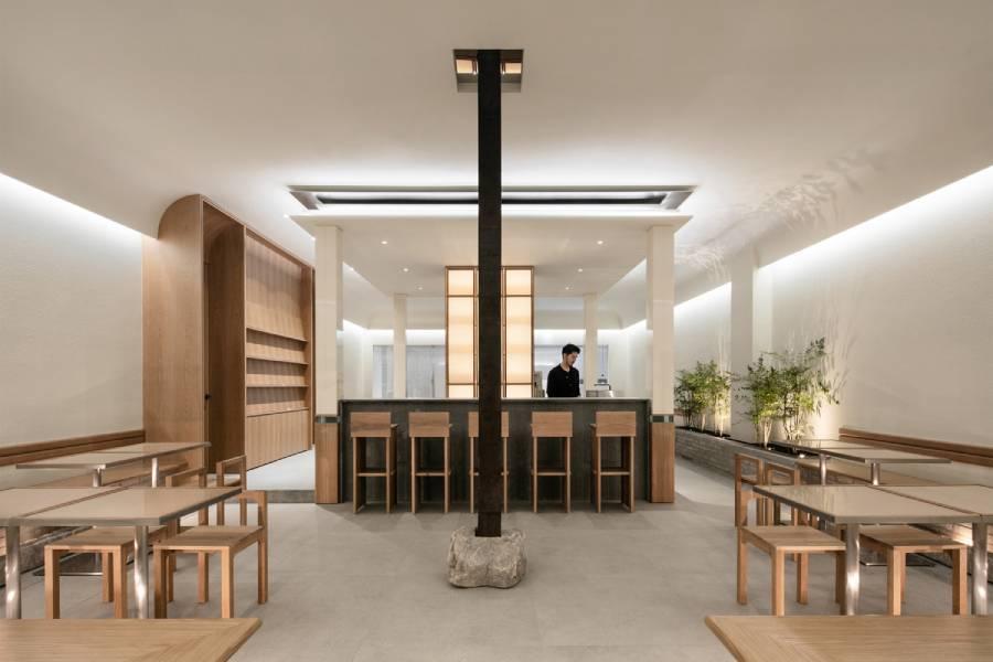 SAEM Cafe:一家讲究空间对称美学的韩国咖啡厅