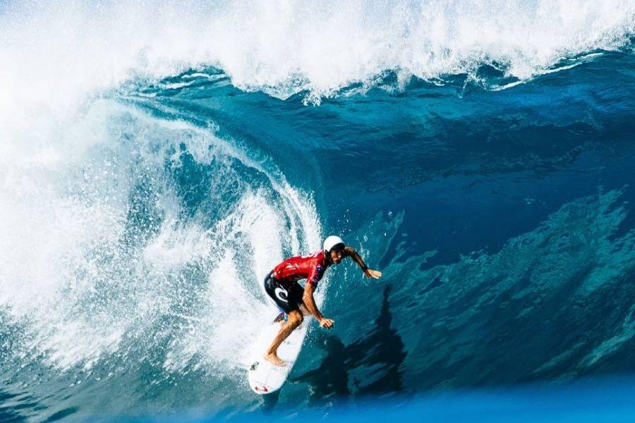 P for Pipeline:这里可以称得上是全球最危险的冲浪地点之一
