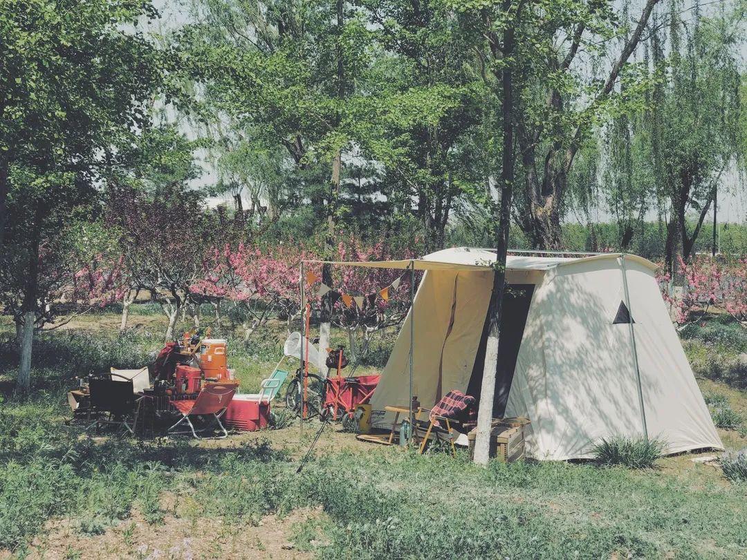 帐研所|如何花里胡哨地重返一场70年代美式复古露营