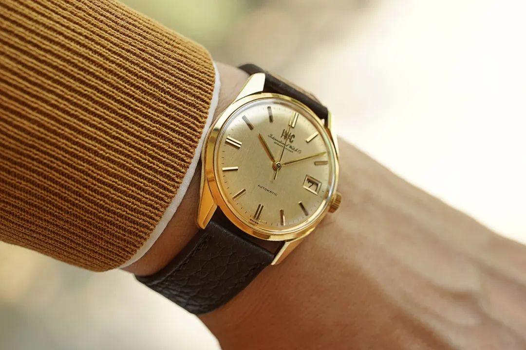 古董腕表推荐:古董万国男士腕表