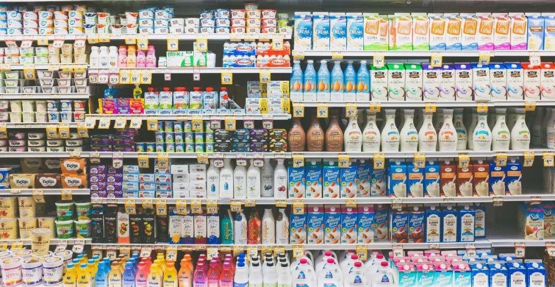 10款牛奶测评:国产的鲜牛奶到底能不能买?