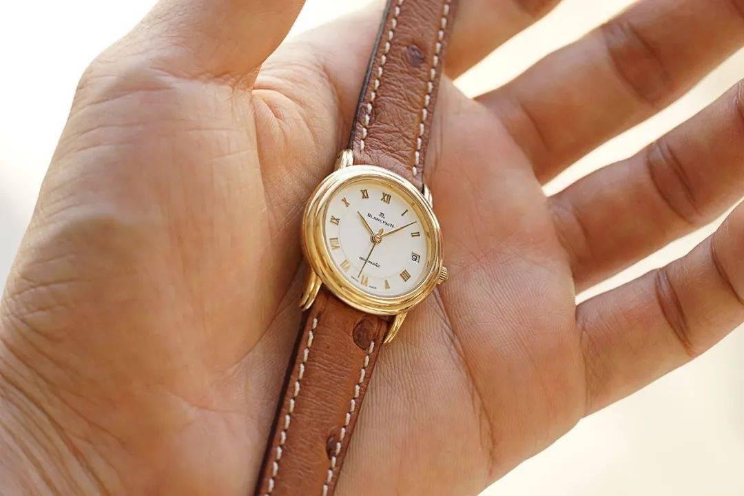 腕表推荐:宝珀BLANCPAIN女士黄金腕表